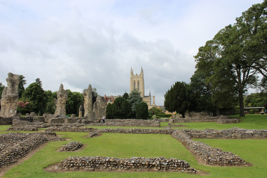 Abbey Ruins in Abbey Gardens