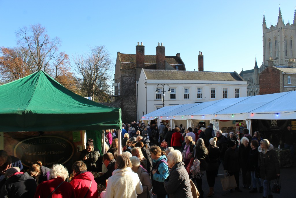 Bury St Edmunds Christmas Fayre, Angel Hill