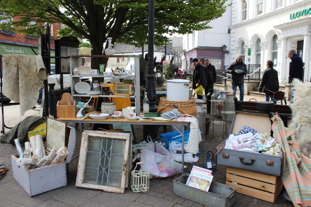 Beccles Antique Street market