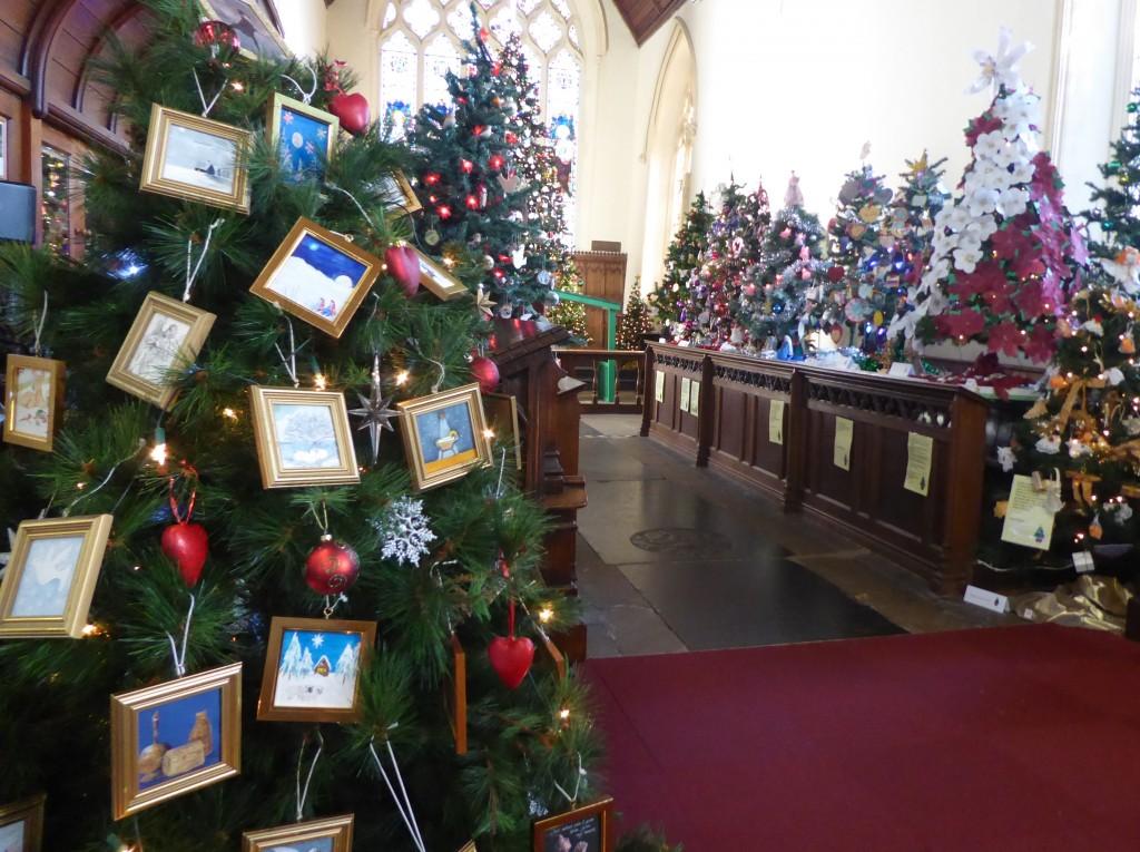Syowmarket Christas Tree festival