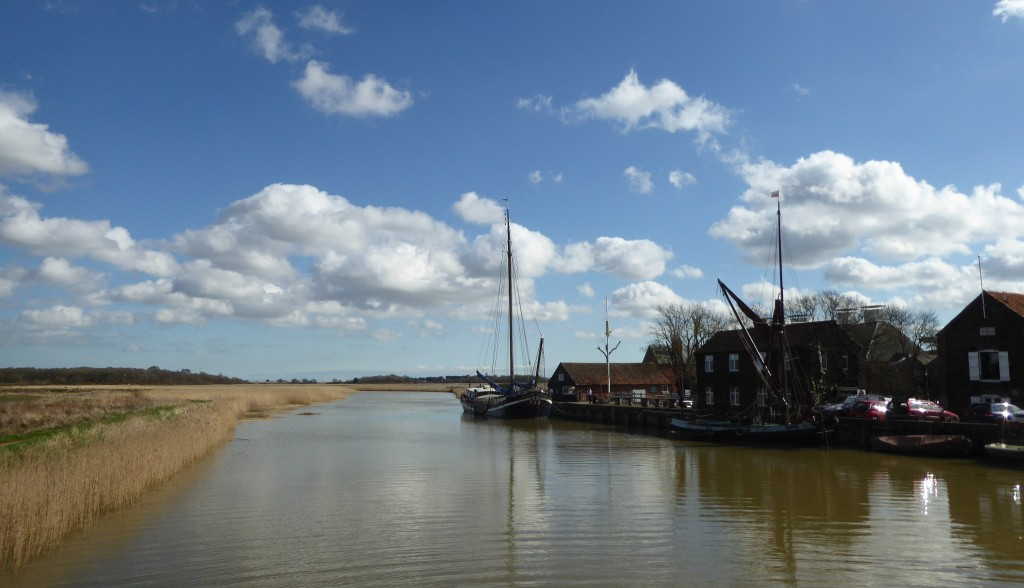 days out in  snape maltings and river alde Suffolk