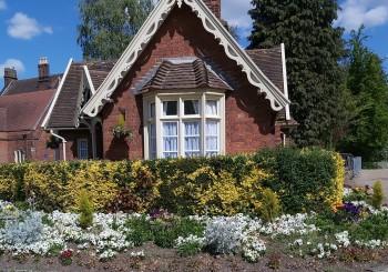 entrance to Christchurch Park